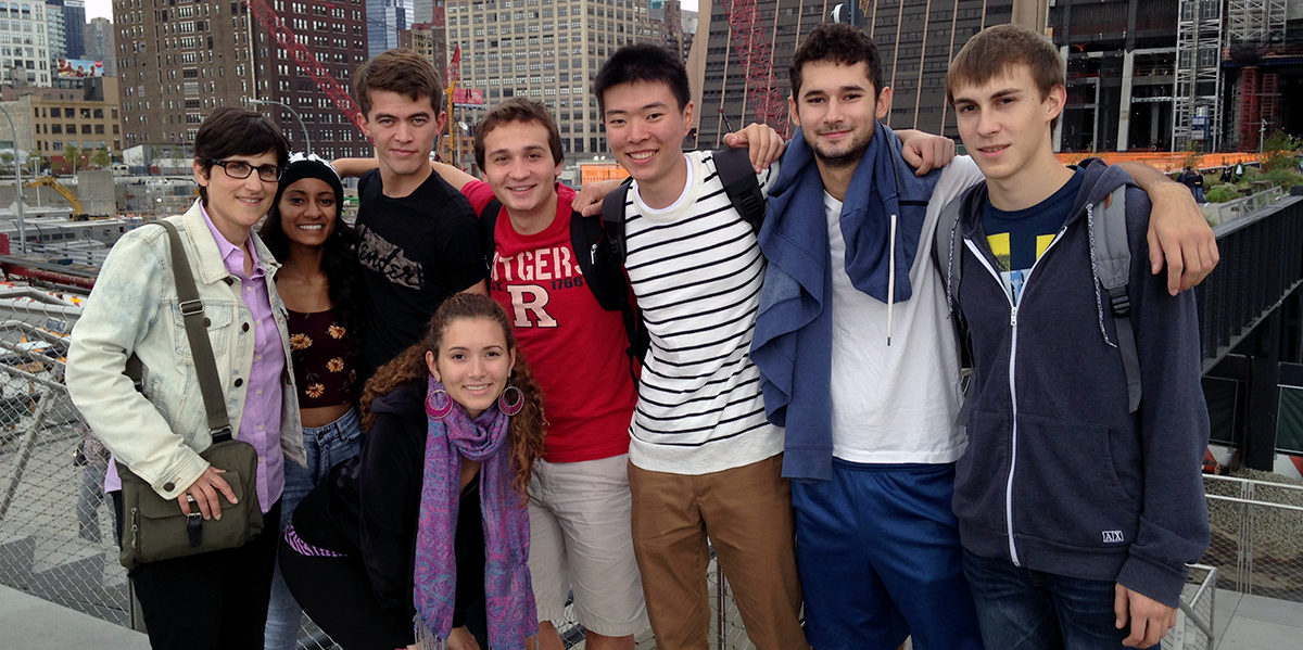 Robin and students on the Highline
